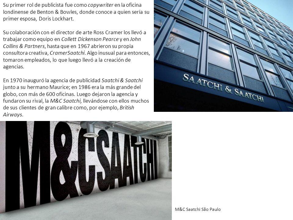 En 1969, a los 26 años, Saatchi adquirió su primer obra de arte, una pieza de Sol LeWitt.