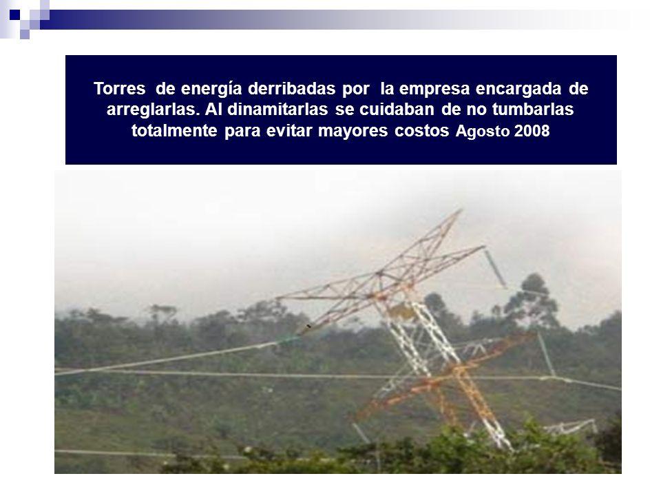 Torres de energía derribadas por la empresa encargada de arreglarlas. Al dinamitarlas se cuidaban de no tumbarlas totalmente para evitar mayores costo
