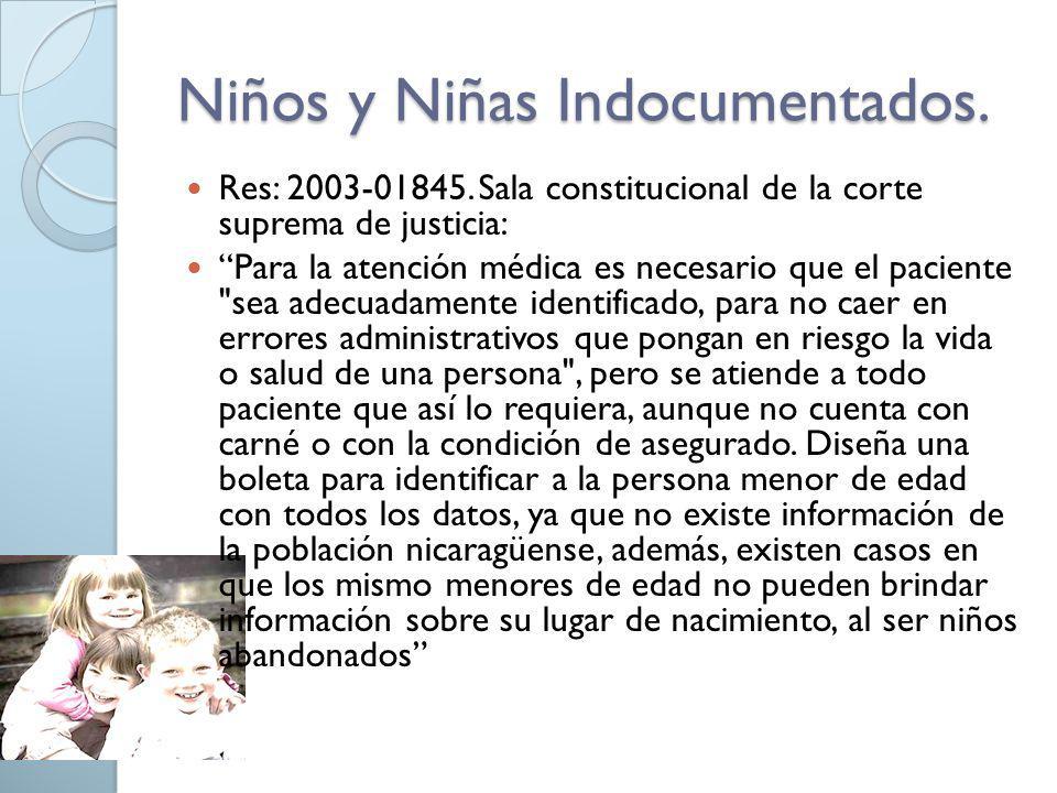 Los beneficiarios, deberán presentar los siguientes documentos, según se trate de: Cónyuges: Cédula de identidad o de residencia vigente.