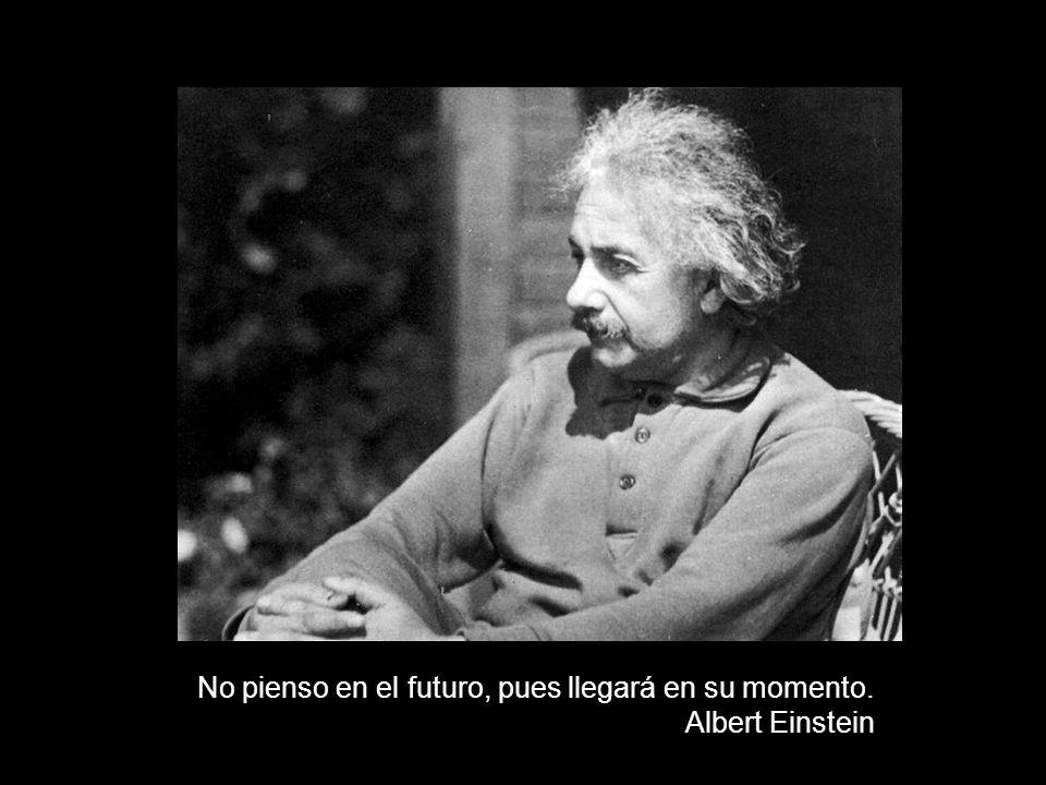 Espero que no seamos un sueño que Dios sueña o nuestro futuro será muy relativo. Albert Einstein