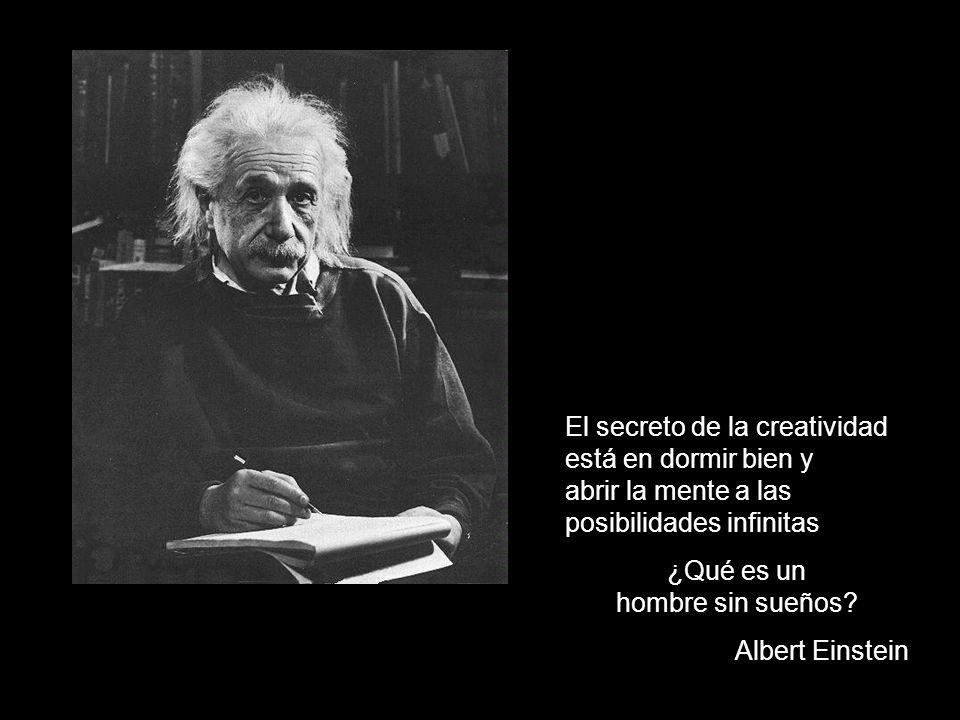 No pienso en el futuro, pues llegará en su momento. Albert Einstein