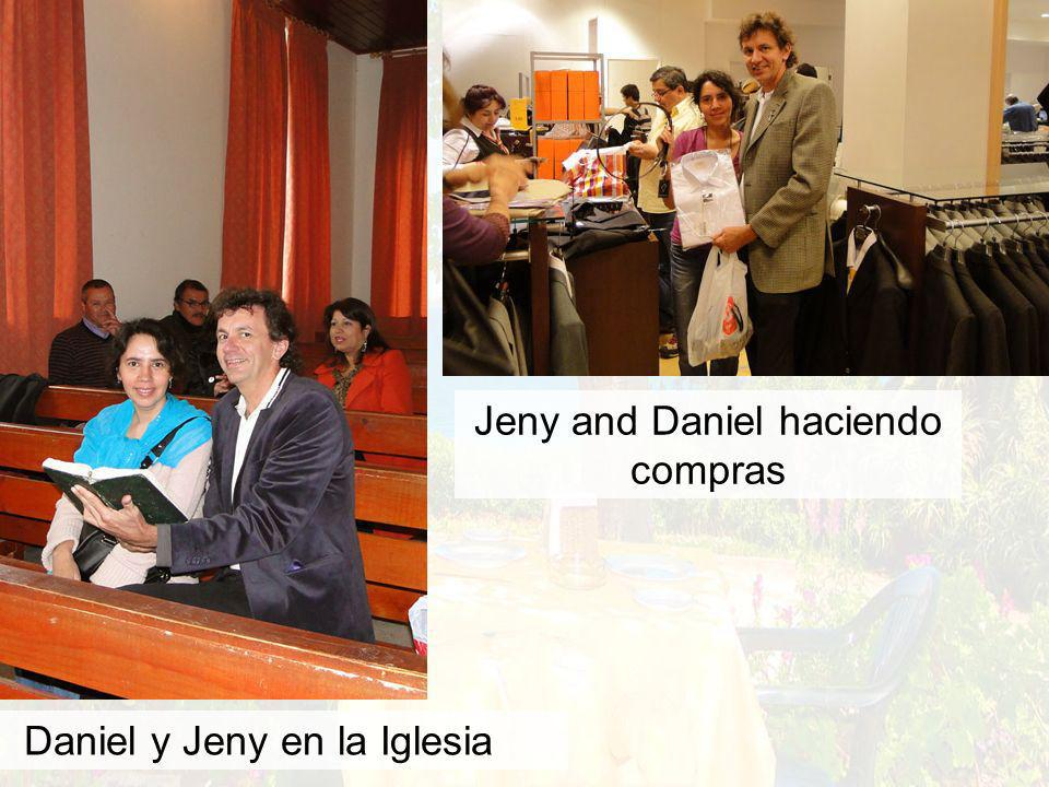Daniel y Jeny en la Iglesia Jeny and Daniel haciendo compras