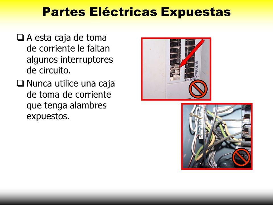 Partes Eléctricas Expuestas A esta caja de toma de corriente le faltan algunos interruptores de circuito. Nunca utilice una caja de toma de corriente