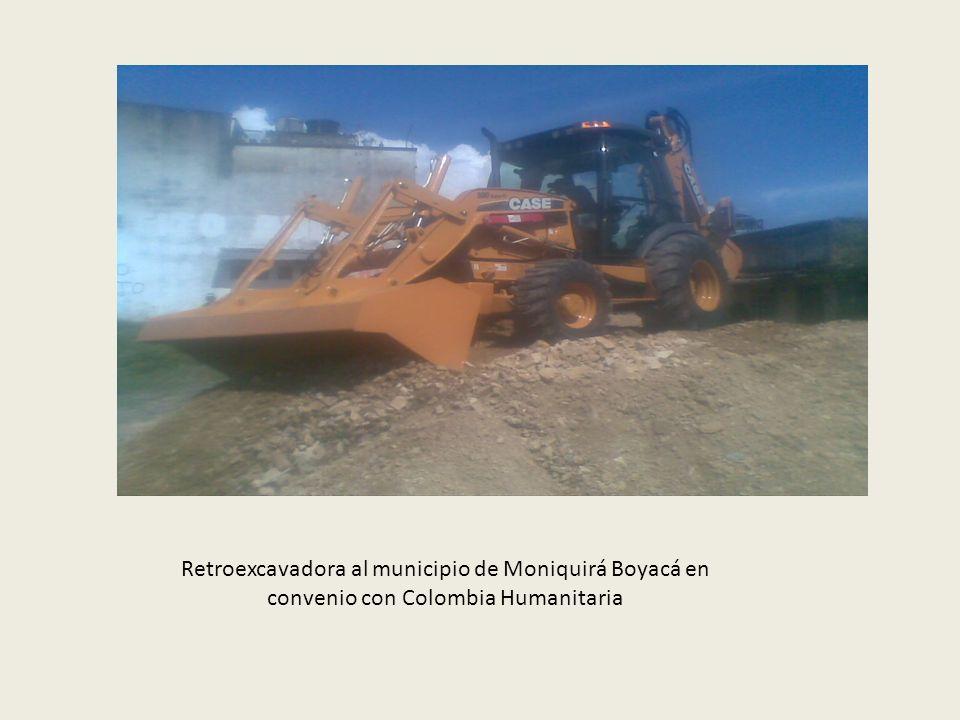 Contrato de Obra Pública No. 017 de 2011 cuyo objeto es: CONSTRUCCION DE MURO DE CONTENCION BARRIO EL PALMAR DEL MUNICIPIO DE MONIQUIRA BOYACÁ, con un