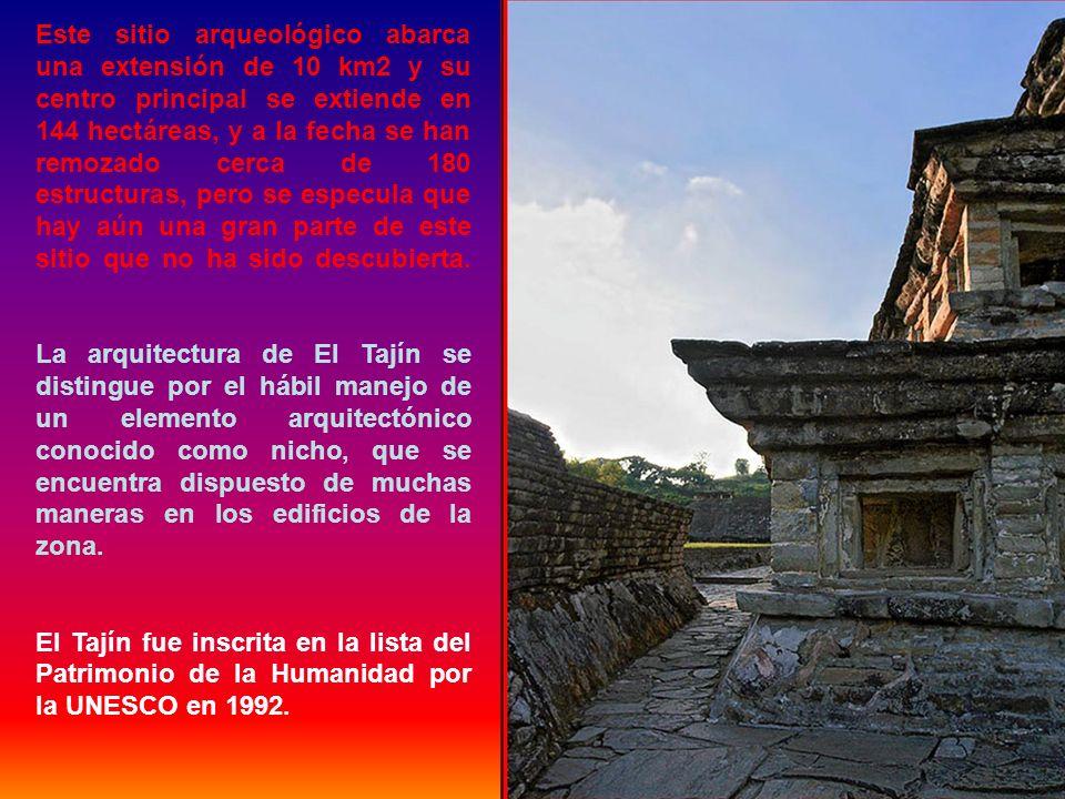 La ciudad de Tajín fue la capital del estado Totonaca. Este sitio posee varias pirámides, palacios y varias canchas de juego de pelota. La más conocid