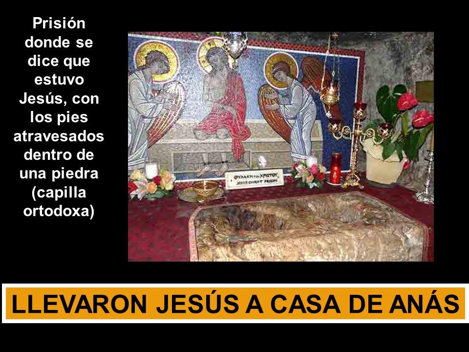 SOY YO En el momento de la traición te muestras el Dios Yo Soy (del Éxodo) En el evangelio de Juan, vas a la pasión con DIGNIDAD No clic