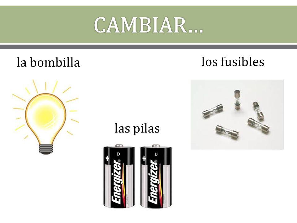 Juego de las nuevas palabras… concurso de ortografía habrá 5 equipos la profesora les da una foto de una palabra la persona del equipo necesita deletrear la palabra en español