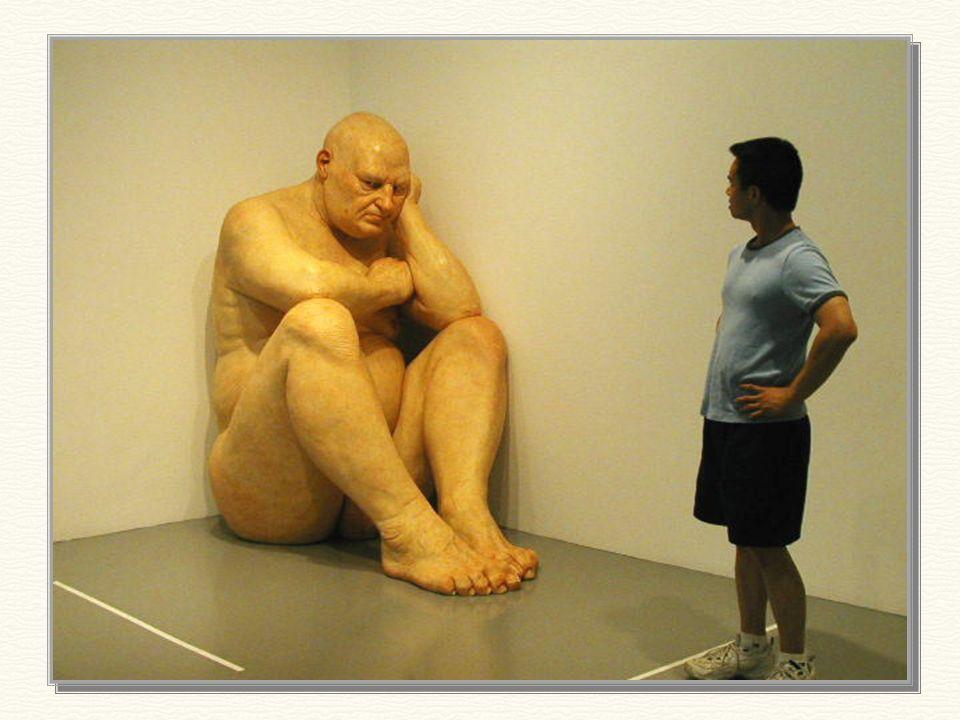 hombre grande – 1998 1,89 m de altura Según la crítica, este es, dentro de las obras de Mueck, el más perfecto retrato de la soledad humana!