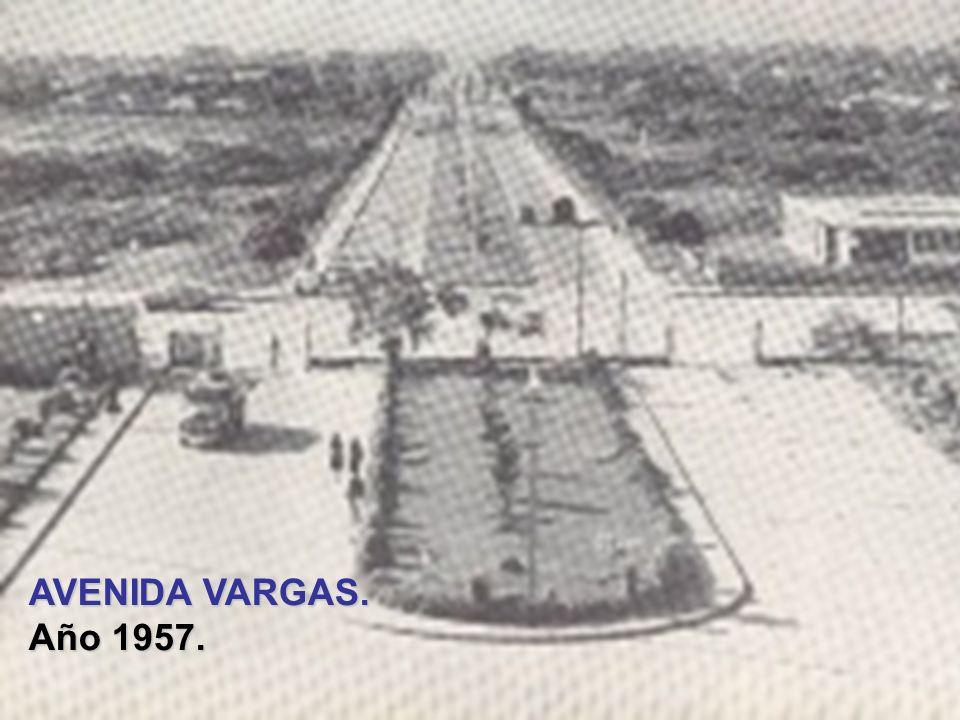 HOSPITAL ANTONIO MARIA PINEDA. Año 1953. Inaugurado un año más tarde.