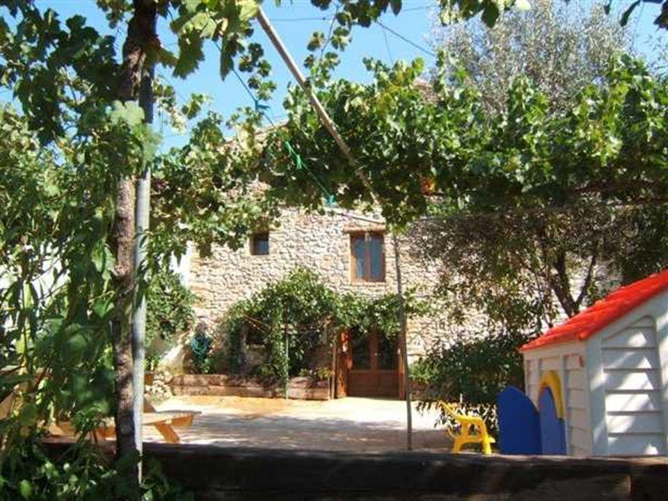 Casa rural con encanto en la Sierra De Engarceran (Castell ó n) en pleno Maestrazgo hist ó rico Casa Solidaria Don Luis