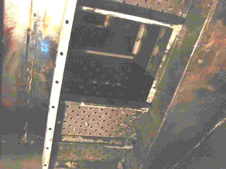 Revestimiento Se revistió con Compuesto Epoxi- Cerámico desde el Plato 11 hacia la parte inferior de la torre, incluyendo la descarga de Amina Rica hasta la Brida de 10 de Salida de Amina Rica.