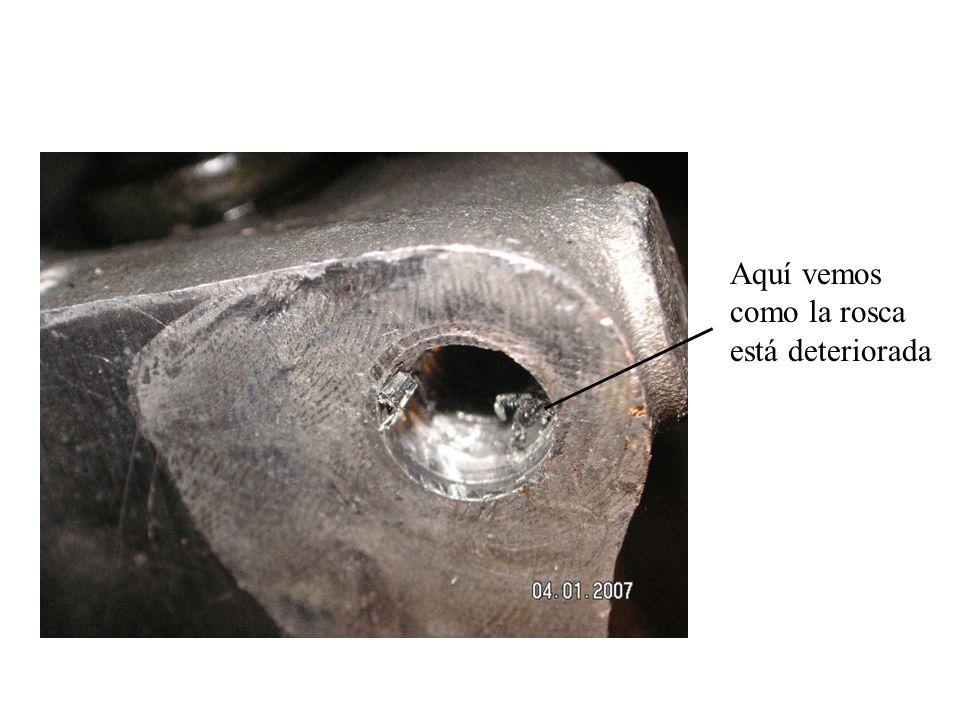 El primer paso consiste en pasar la broca apropiada para poner un casquillo de diámetro 8, y paso 125.