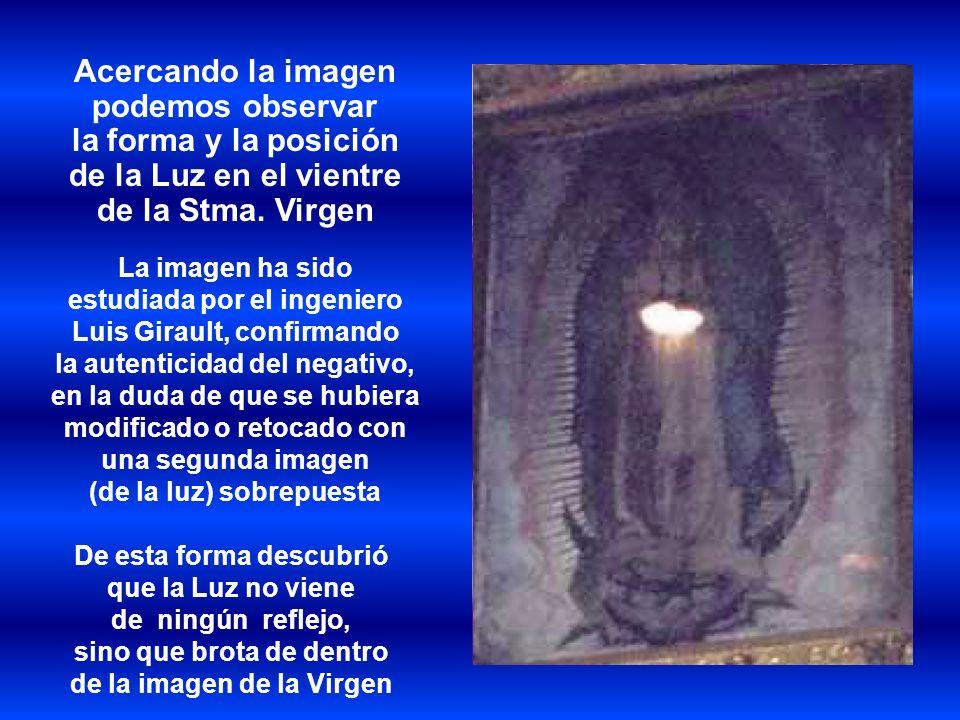 Acercando la imagen podemos observar la forma y la posición de la Luz en el vientre de la Stma. Virgen La imagen ha sido estudiada por el ingeniero Lu
