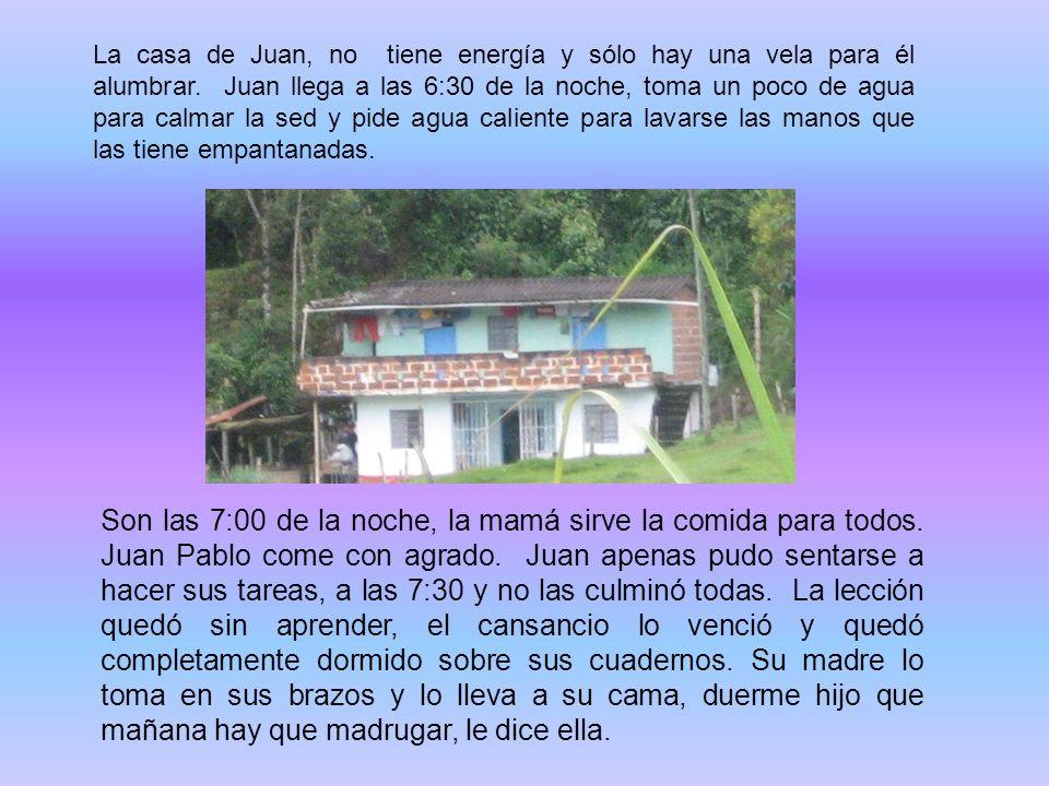 La casa de Juan, no tiene energía y sólo hay una vela para él alumbrar.