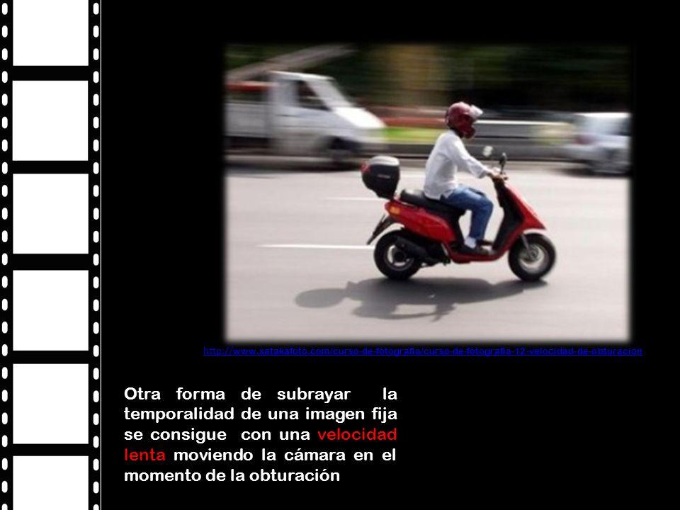 Otra forma de subrayar la temporalidad de una imagen fija se consigue con una velocidad lenta moviendo la cámara en el momento de la obturación http:// www.xatakafoto.com/curso-de-fotografia/curso-de-fotografia-12-velocidad-de-obturacion