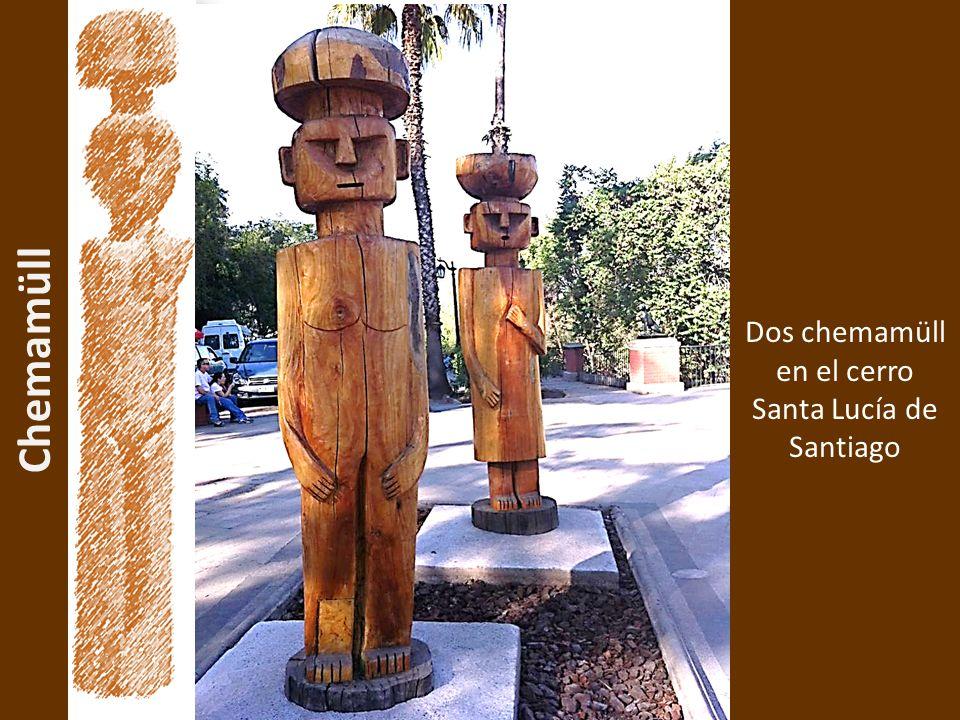 Chemamüll Dos chemamüll en el cerro Santa Lucía de Santiago