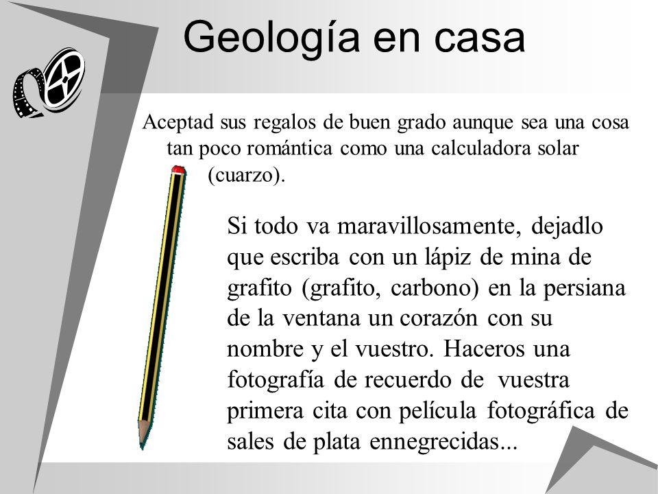 Geología en casa Si todo va maravillosamente, dejadlo que escriba con un lápiz de mina de grafito (grafito, carbono) en la persiana de la ventana un c