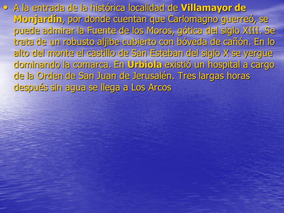 A la entrada de la histórica localidad de Villamayor de Monjardín, por donde cuentan que Carlomagno guerreó, se puede admirar la Fuente de los Moros,