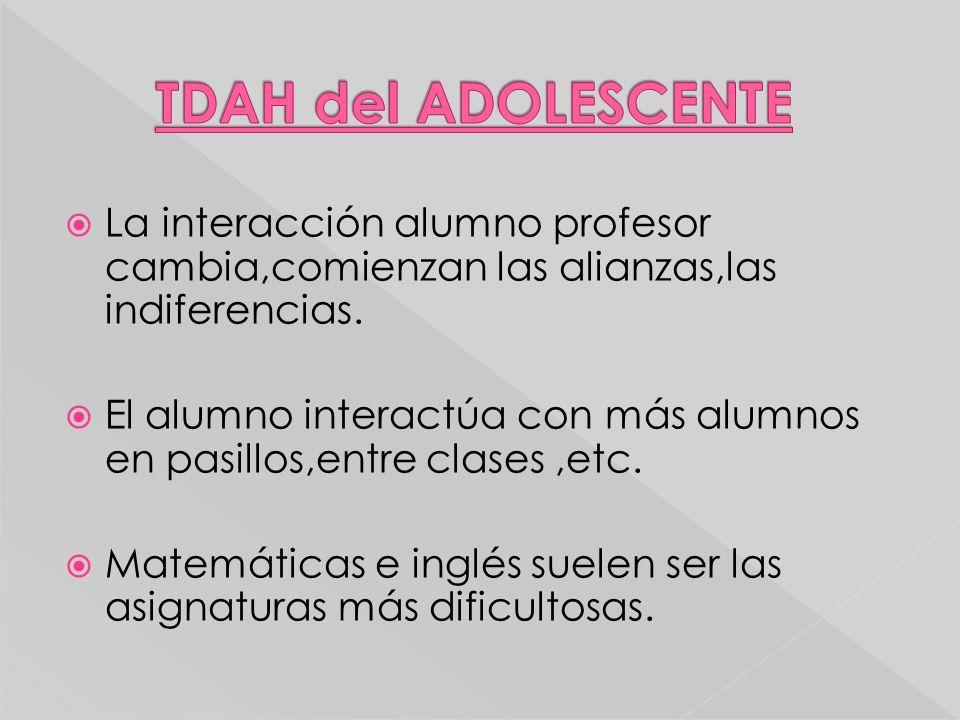 La interacción alumno profesor cambia,comienzan las alianzas,las indiferencias. El alumno interactúa con más alumnos en pasillos,entre clases,etc. Mat