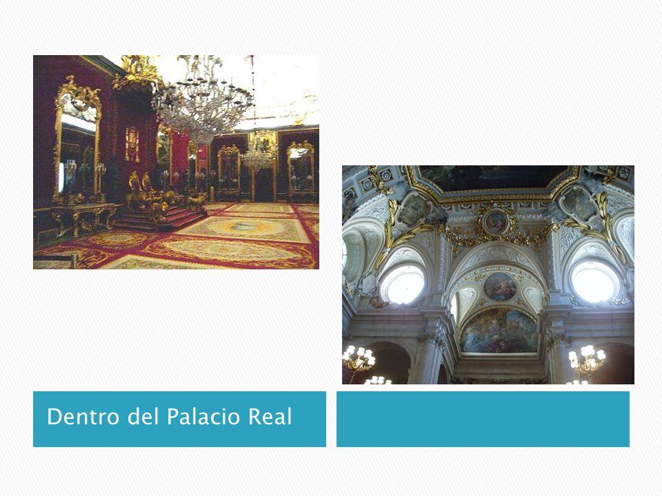 Dentro del Palacio Real