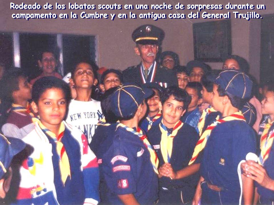 El 17 de marzo de 1990 se inauguró de nuevo en el Colegio el Grupo Scout, esta vez como Grupo Scout Lasallista Nº 48. Le brindé todo mi apoyo y fui el