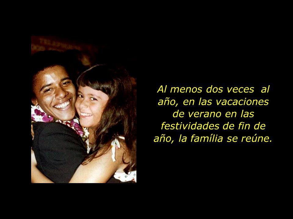 En cuanto a su madre, con Maya en brazos, continua empeñada en proyectos sociales por el mundo, el pequeño Obama pasa a vivir con los abuelos y estudiar en los EUA.