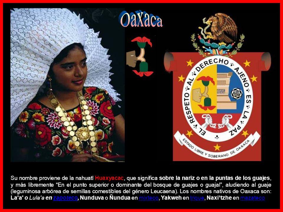 Hierve el Agua Photo © 2009 ~raúlmarcial En el estado de Oaxaca, en México, nos encontramos con una catarata detenida en el tiempo.