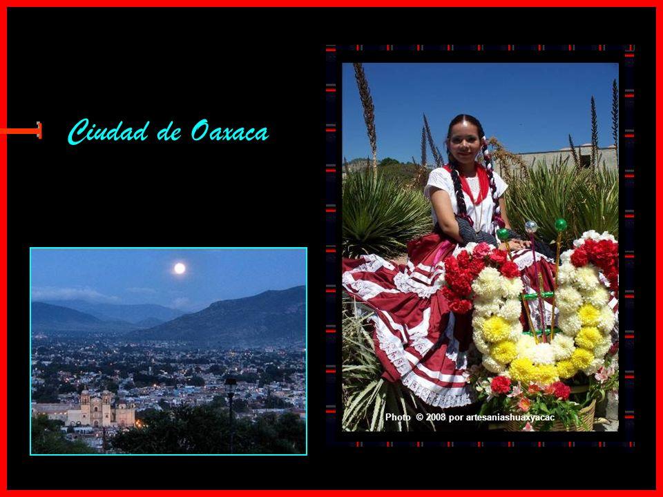 Ciudad de Oaxaca Photo © 2008 por artesaniashuaxyacac