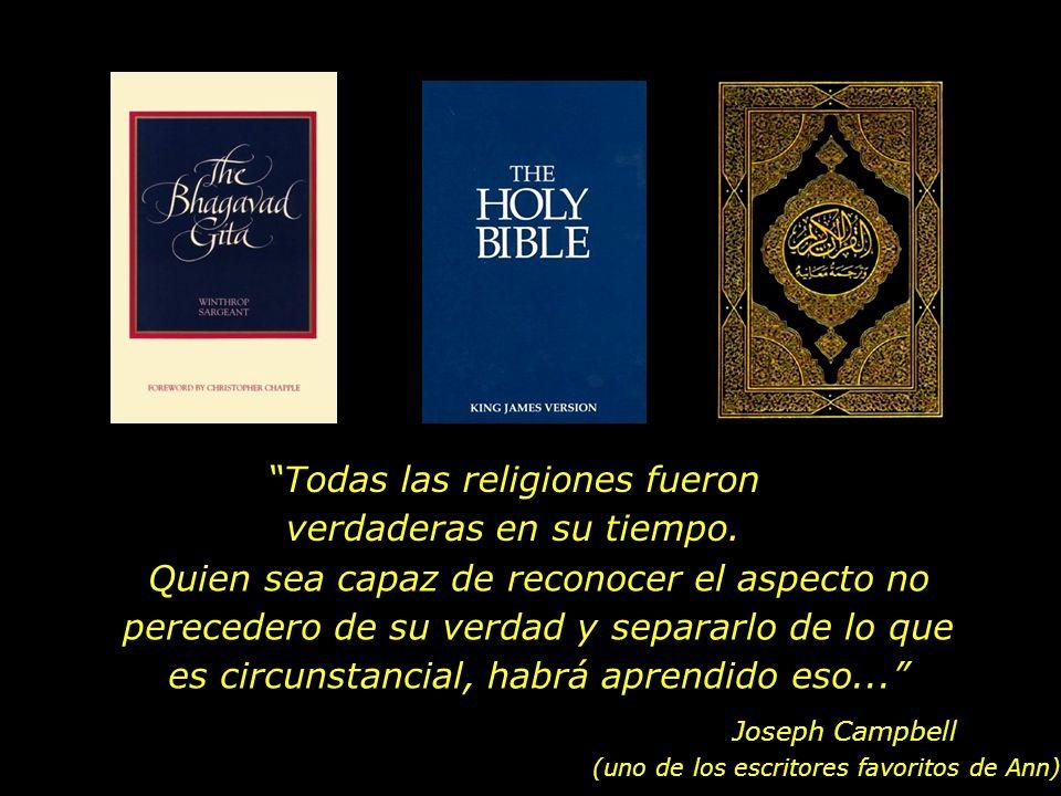 En nuestra casa, la Biblia, el Corán y el Bhagavad Gita estaban lado a lado en la repisa... Barak Obama