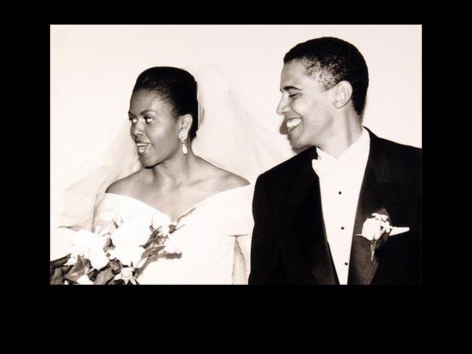 Y no tardan mucho para decidir que han de casarse.