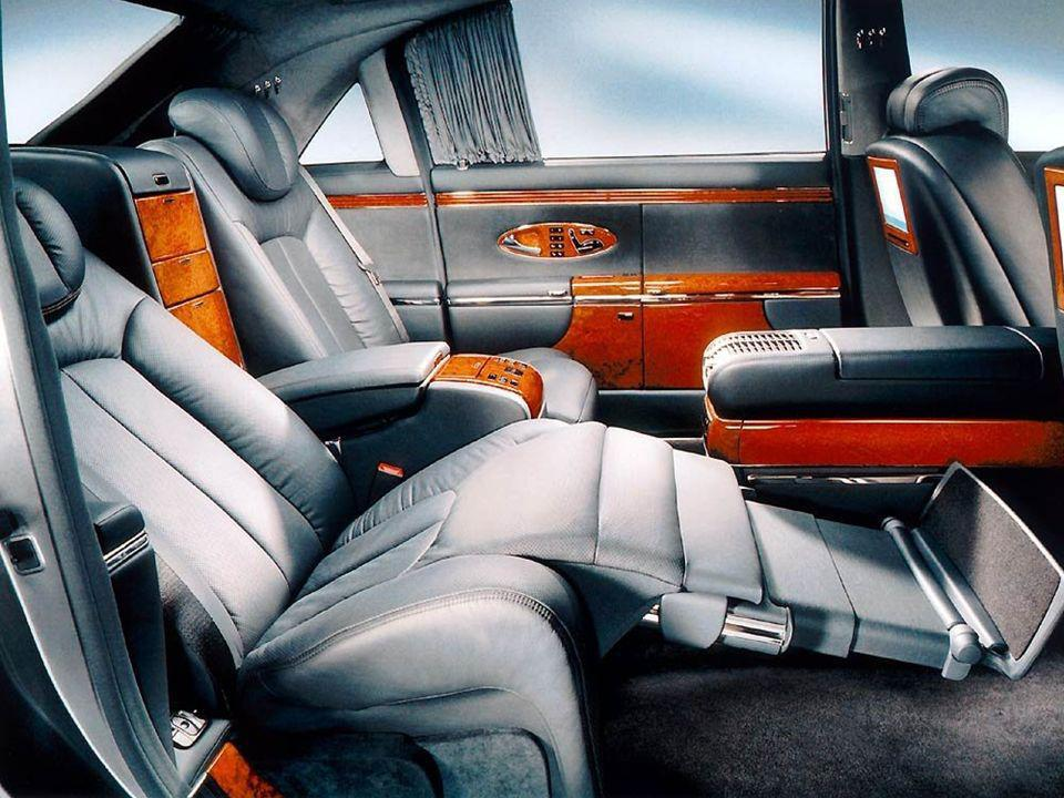 Los asientos tienen función de masaje, con siete motores eléctricos.