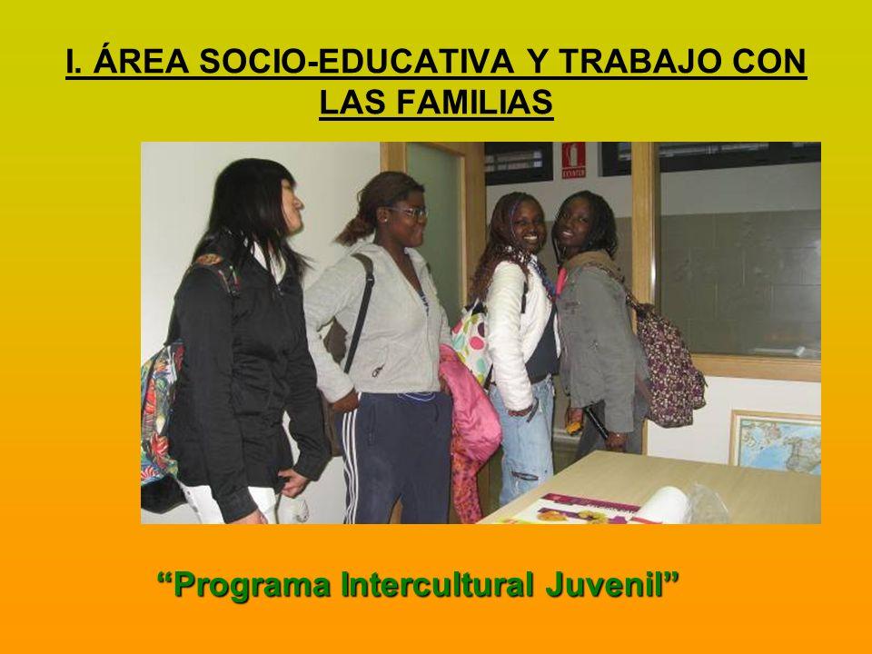 –Talleres de formación, –Encuentros y actividades culturales y lúdicas en un clima de alegría familiar.