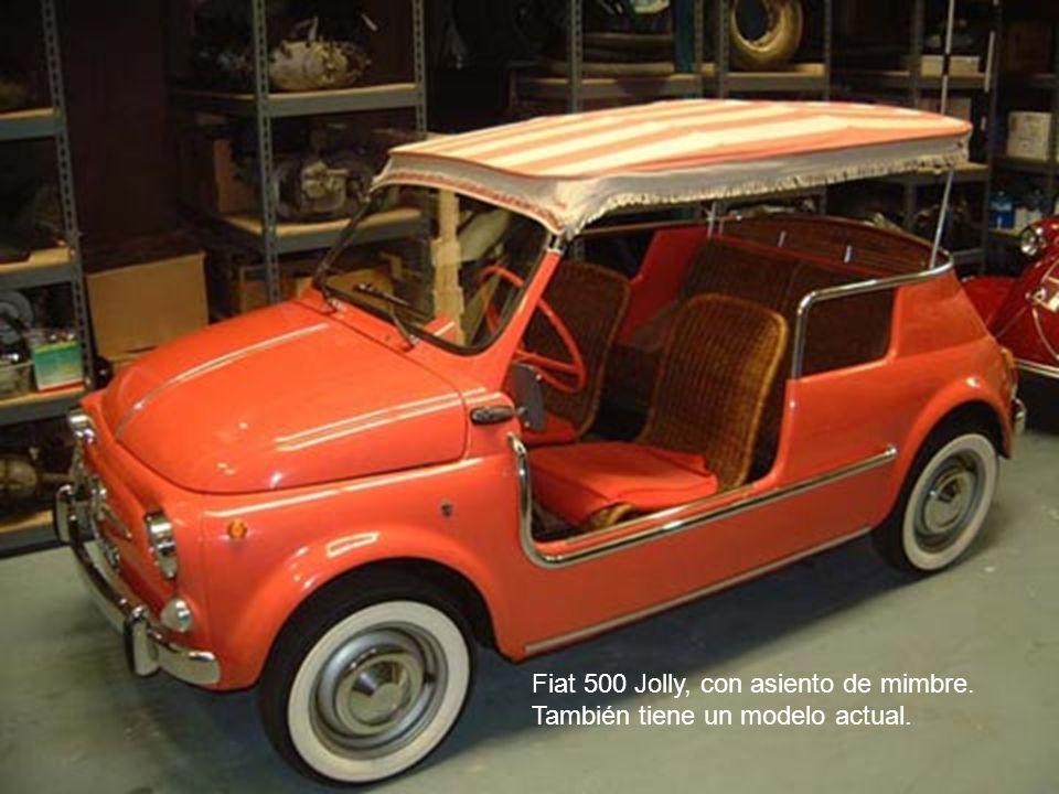 Fiat 500 Jolly, con asiento de mimbre. También tiene un modelo actual.