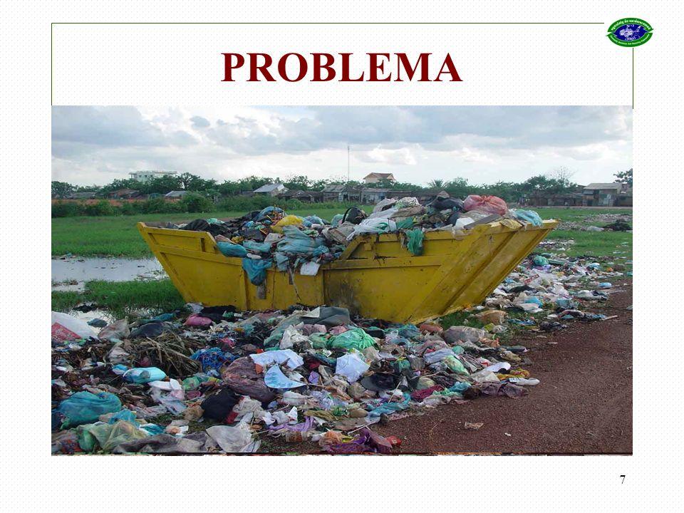 8 El recolector de basura dice … Recolectar basura es duro pero es un medio de ganar dinero.