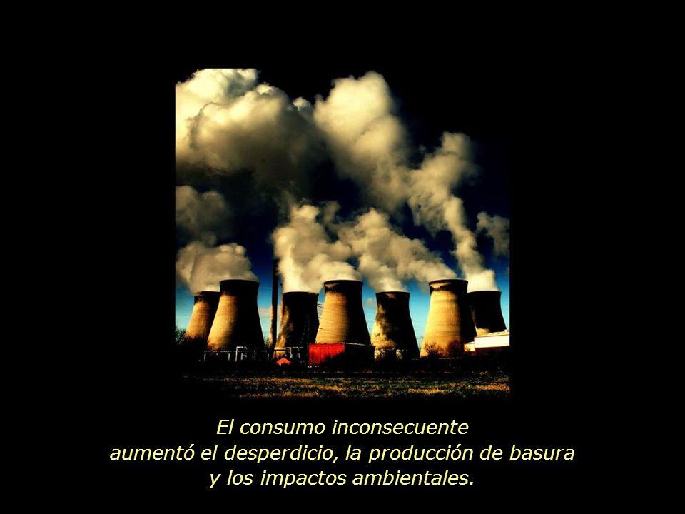 El bienestar de todos y la preservación de la Tierra son sacrificados al lucro de pocos.