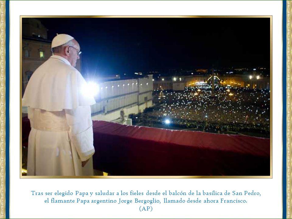 El nuevo Papa es argentino. El cardenal Jorge Mario Bergoglio fue elegido por los 115 cardenales en la Capilla Sixtina. (AP)