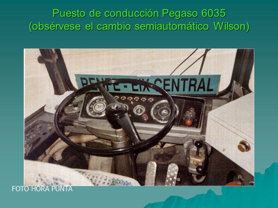Puesto de conducción Pegaso 6035 (obsérvese el cambio semiautomático Wilson) FOTO HORA PUNTA