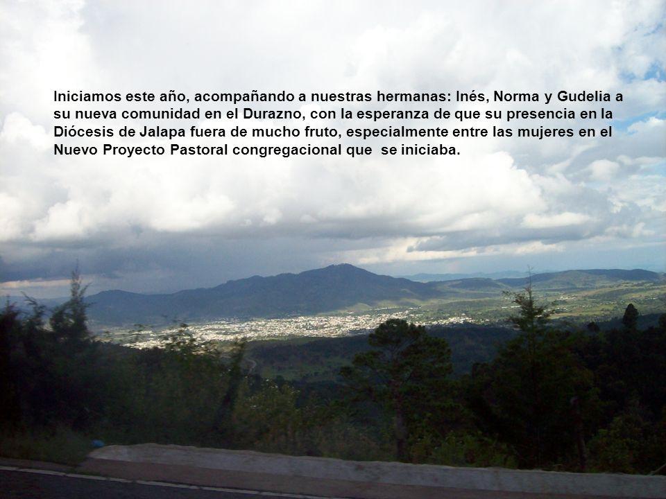 Las hermanas que integramos este año 2009, la comunidad reina de la Paz en la cuidad de Cobán A.V. de Guatemala, agradecemos a Dios su presencia y aco