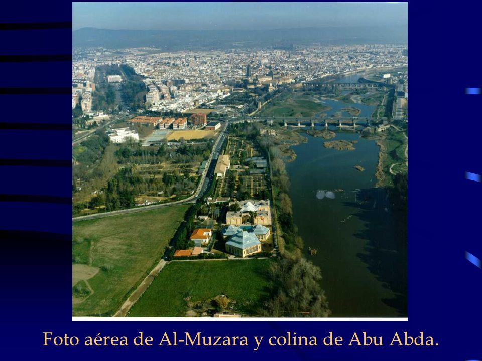Foto aérea de Al-Muzara y colina de Abu Abda.