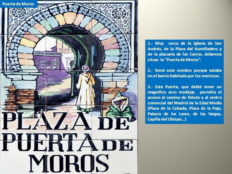 La Puerta de Valnadú (Puerta que da al Valle) fue un punto de acceso a la ciudad insertado en la muralla cristiana que existió hasta que Felipe II la