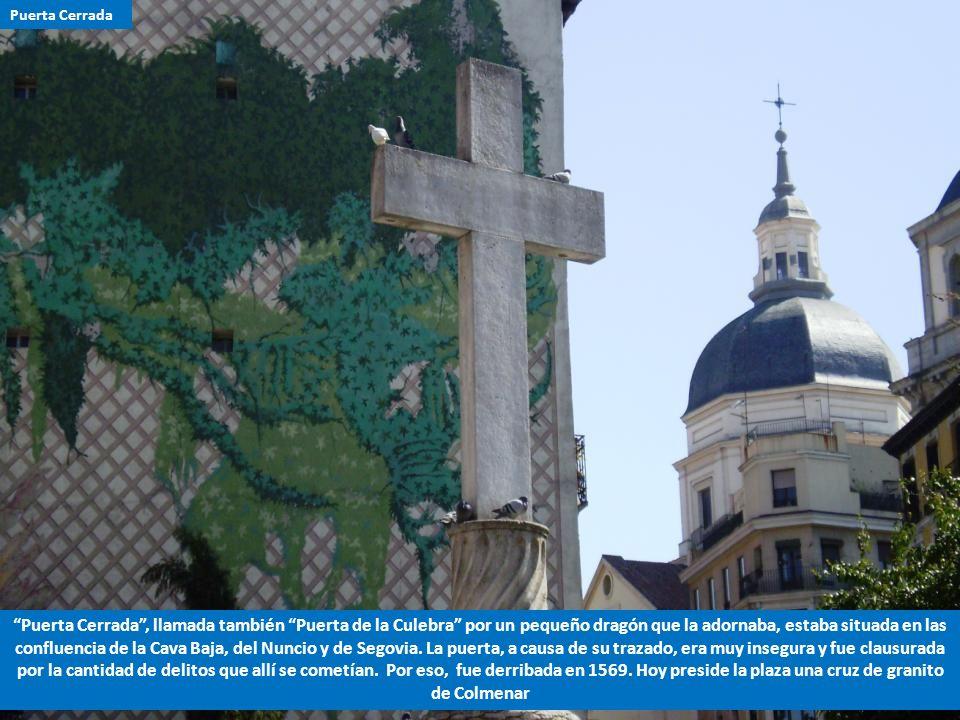 1.- Muy cerca de la Iglesia de San Andrés, de la Plaza del Humilladero y de la plazuela de los Carros, debemos situar la Puerta de Moros. 2.- Tomó est