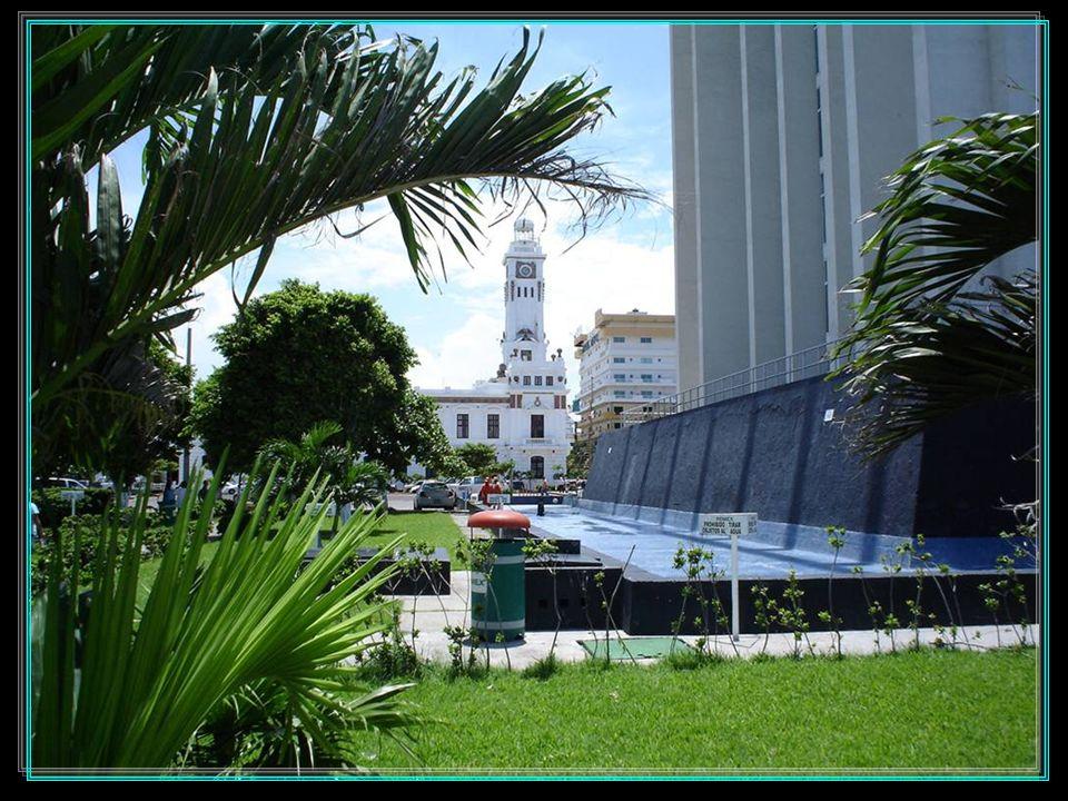 Teatro de la Reforma Estación del Ferrocarril Correos La Aduana