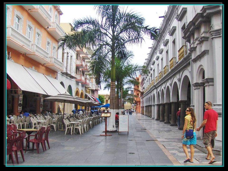 Puerta de La MercedLas Atarazanas Puerta del MarBaluarte de Santiago