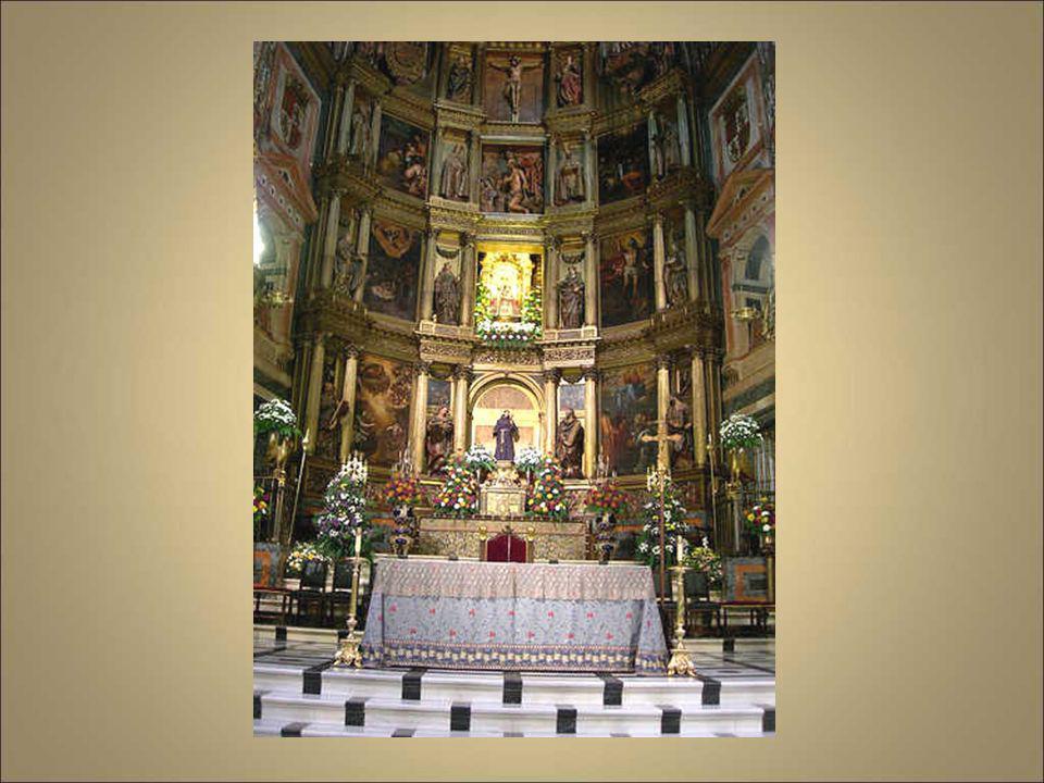 Realizado en el primer tercio del siglo XVII, durante el reinado de Felipe III, el Retablo Mayor debe su traza al arquitecto especializado en retablos