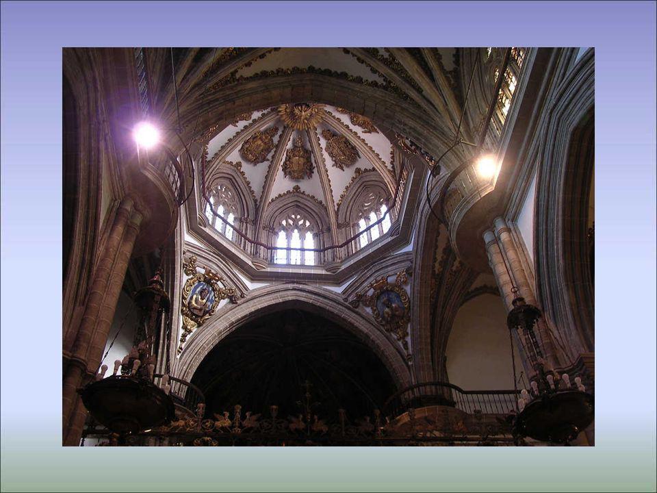 Detalle de la cúpula de la cabecera de la iglesia
