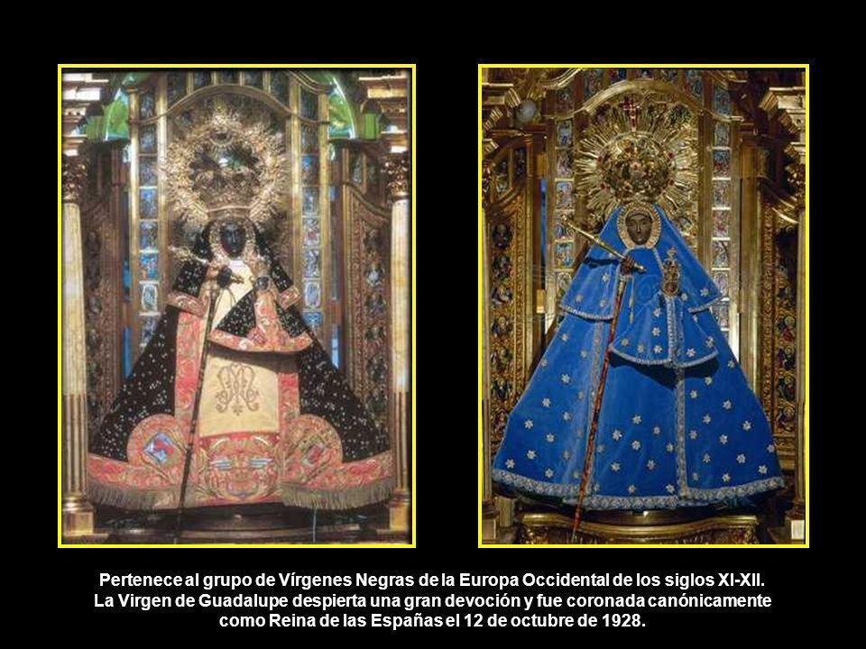 Virgen de Guadalupe. Talla original primitiva. De autor desconocido, tallada en madera de cedro a finales del siglo XII, sedente y con el Niño en su r