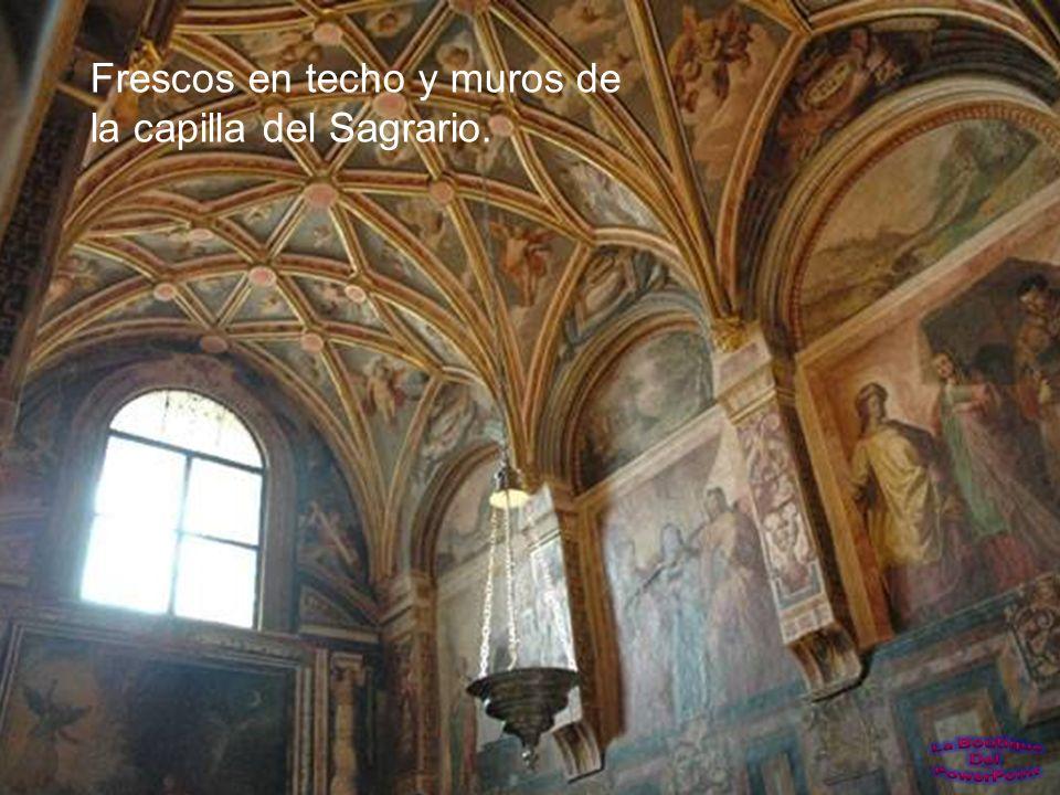 La capilla del Sagrario está en el lado sudeste de la mezquita y está decorada con maravillosos frescos.