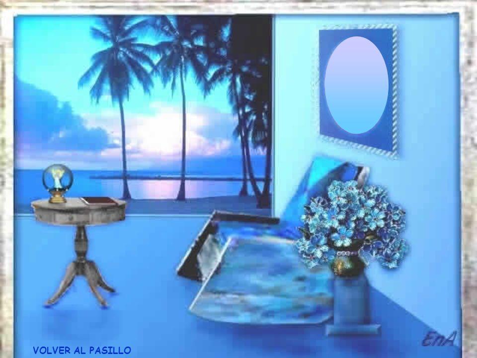 VOLVER AL PASILLO Permanece algún tiempo en silencio, guardando esta sensación... Después toma el libro que está sobre la mesa y lee su mensaje... El