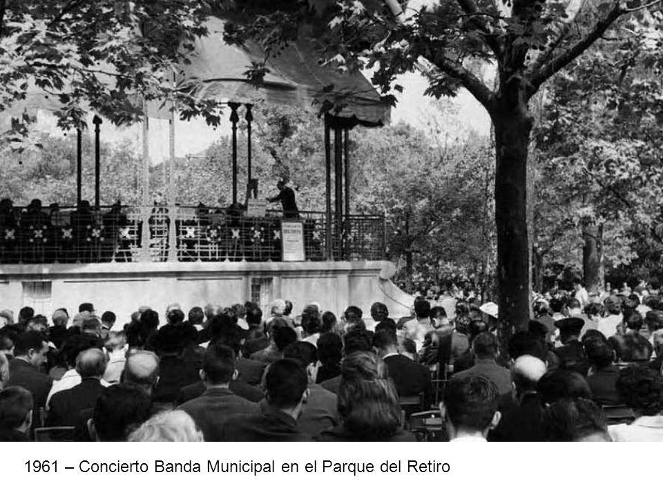 1961 – Concierto Banda Municipal en el Parque del Retiro