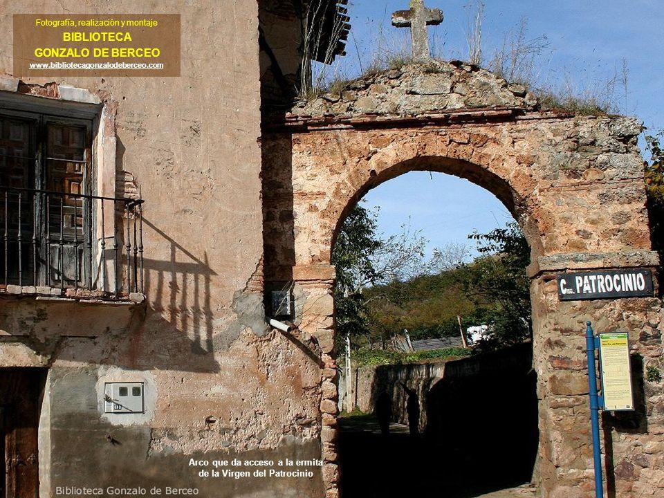 Pedroso se encuentra situado en el valle del río Najerilla a unos 43 Kms.